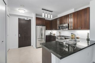 """Photo 10: 210 170 W 1ST Street in North Vancouver: Lower Lonsdale Condo for sale in """"ONE PARK LANE"""" : MLS®# R2535105"""