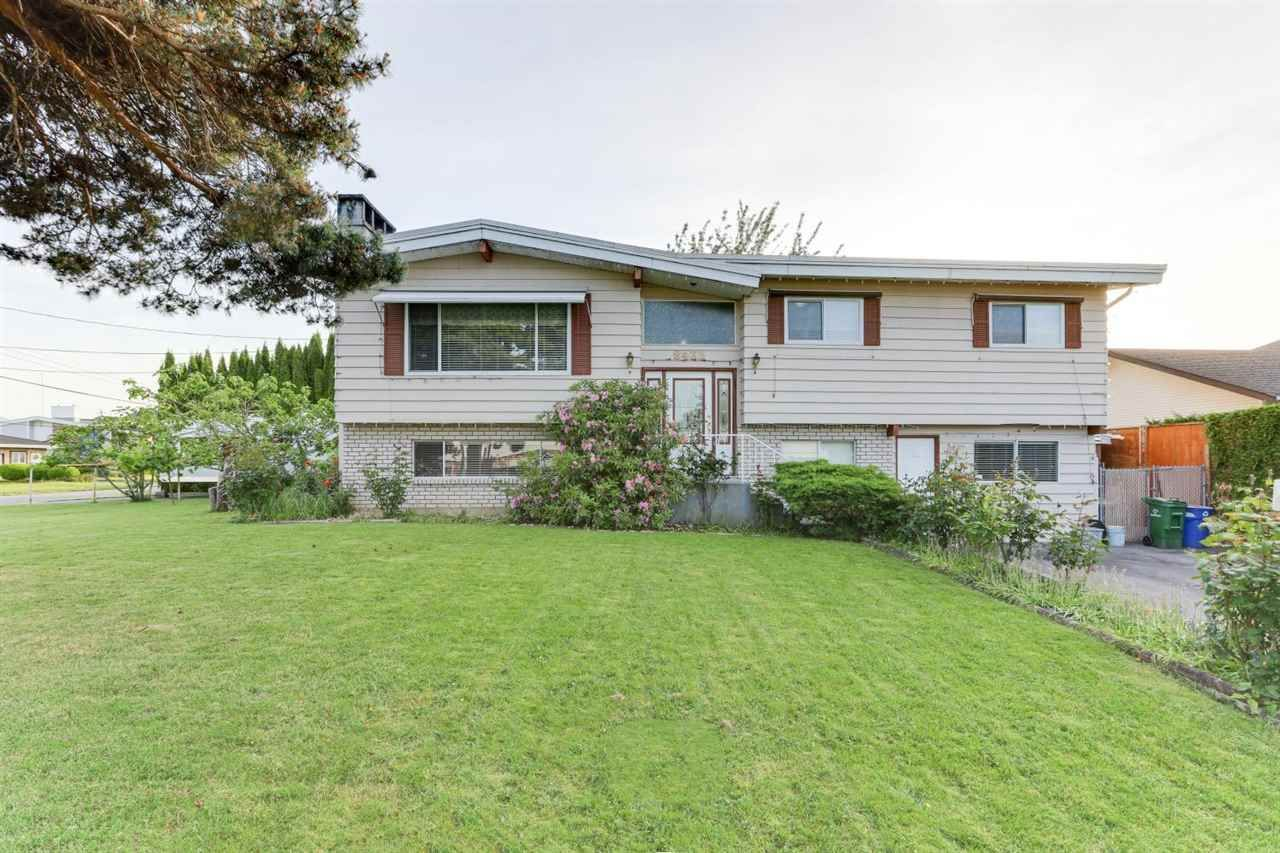 Main Photo: 8435 HILTON Drive in Chilliwack: Chilliwack E Young-Yale House for sale : MLS®# R2585068