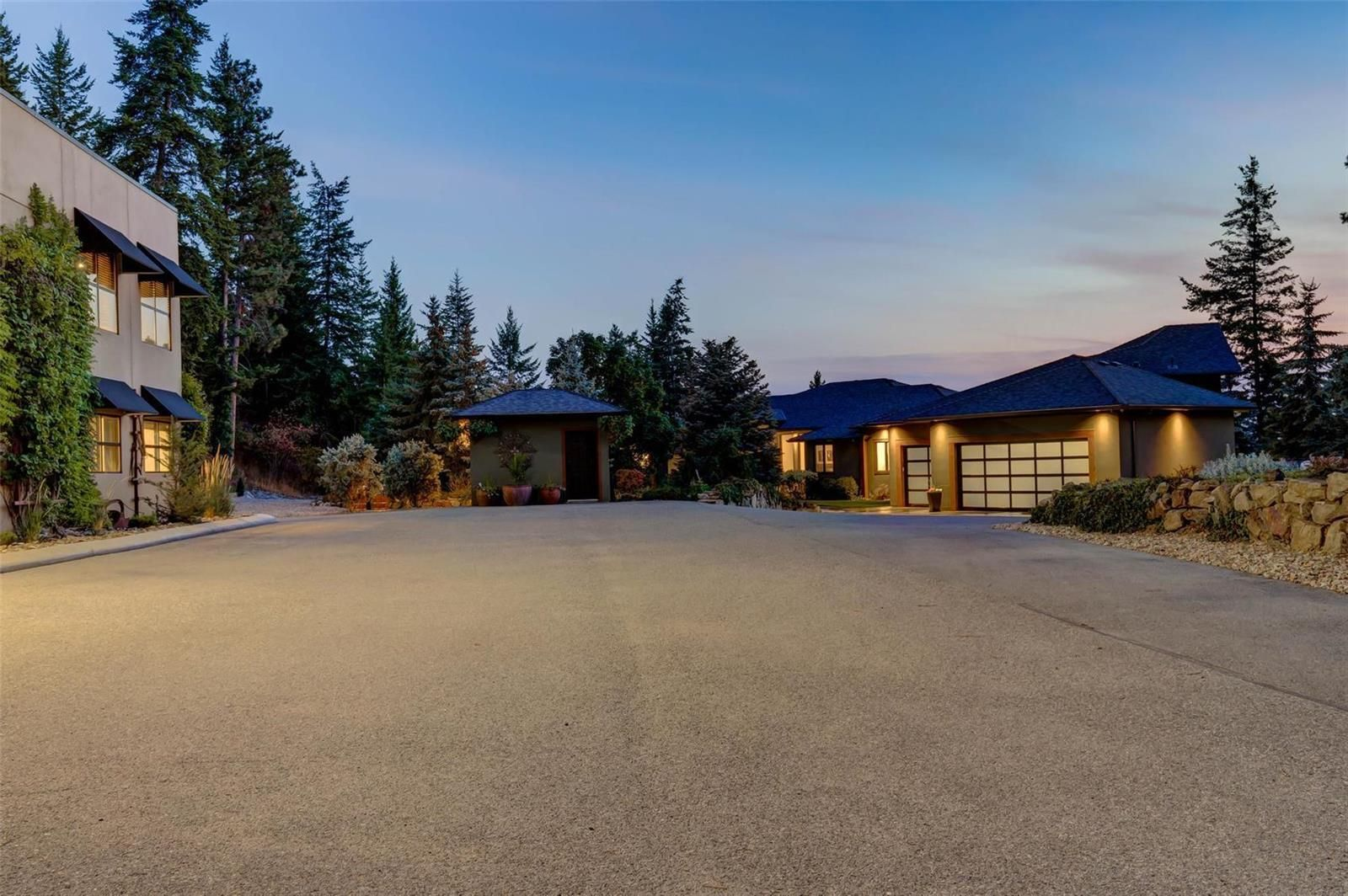 Main Photo: 5757 Upper Booth Road, in Kelowna: House for sale : MLS®# 10239986