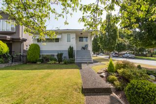 Photo 2: 6996 DUMFRIES Street in Vancouver: Killarney VE House for sale (Vancouver East)  : MLS®# R2487289