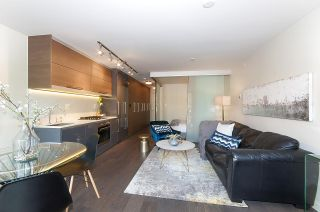 """Photo 2: 210 189 KEEFER Street in Vancouver: Downtown VE Condo for sale in """"KEEFER BLOCK"""" (Vancouver East)  : MLS®# R2209553"""