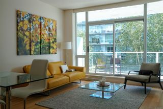 Photo 2: 318 68 Songhees Rd in : VW Songhees Condo for sale (Victoria West)  : MLS®# 886313