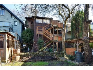 """Photo 17: 1335 - 1337 WALNUT Street in Vancouver: Kitsilano House for sale in """"Kits Point"""" (Vancouver West)  : MLS®# V1103862"""