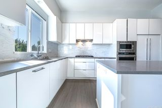 """Photo 11: 44 10388 NO. 2 Road in Richmond: Woodwards Townhouse for sale in """"Kingsley Estate"""" : MLS®# R2620163"""
