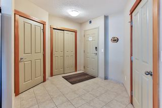Photo 2: 208 1160 Railway Avenue: Canmore Apartment for sale : MLS®# A1101604