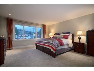Photo 6: 2790 Edgemont Boulevard in North Vancouver: Edgemont Home for sale ()  : MLS®# V990678