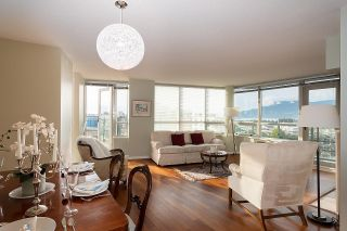 """Photo 2: 1000 1570 W 7TH Avenue in Vancouver: Fairview VW Condo for sale in """"Terraces on 7th"""" (Vancouver West)  : MLS®# R2624215"""