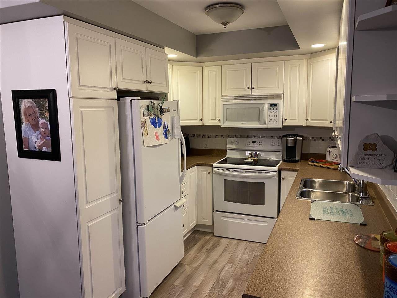Photo 6: Photos: 7327 Main Street in Louisbourg: 206-Louisbourg Residential for sale (Cape Breton)  : MLS®# 202025505
