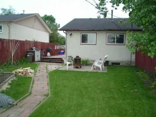 Photo 8: Photos: 333 LARCHE Crescent in WINNIPEG: Transcona Single Family Attached for sale (North East Winnipeg)  : MLS®# 2510911
