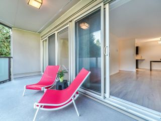 """Photo 10: 206 4373 HALIFAX Street in Burnaby: Brentwood Park Condo for sale in """"BRENT GARDENS"""" (Burnaby North)  : MLS®# R2622394"""