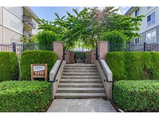 """Photo 27: 114 5430 201 Street in Langley: Langley City Condo for sale in """"SONNET"""" : MLS®# R2466261"""