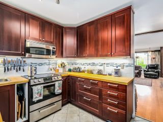 Photo 11: 8007 Montcalm Street in Vancouver: Marpole Home for sale ()  : MLS®# R2007808