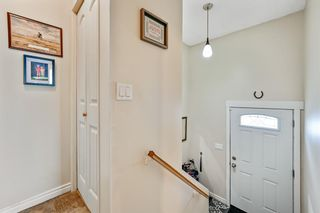Photo 5: 313 42 Street SE in Calgary: Forest Heights Semi Detached for sale : MLS®# A1118275