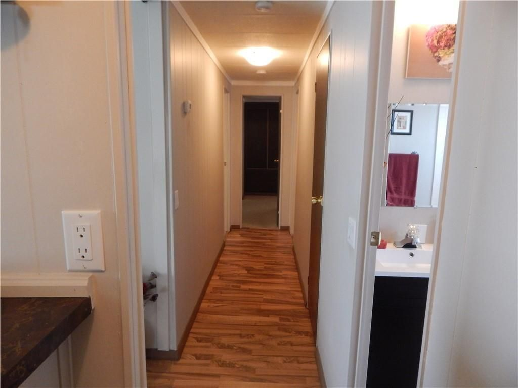 Photo 15: Photos: 257 6220 17 Avenue W in Calgary: Red Carpet Mobile for sale : MLS®# C4293054