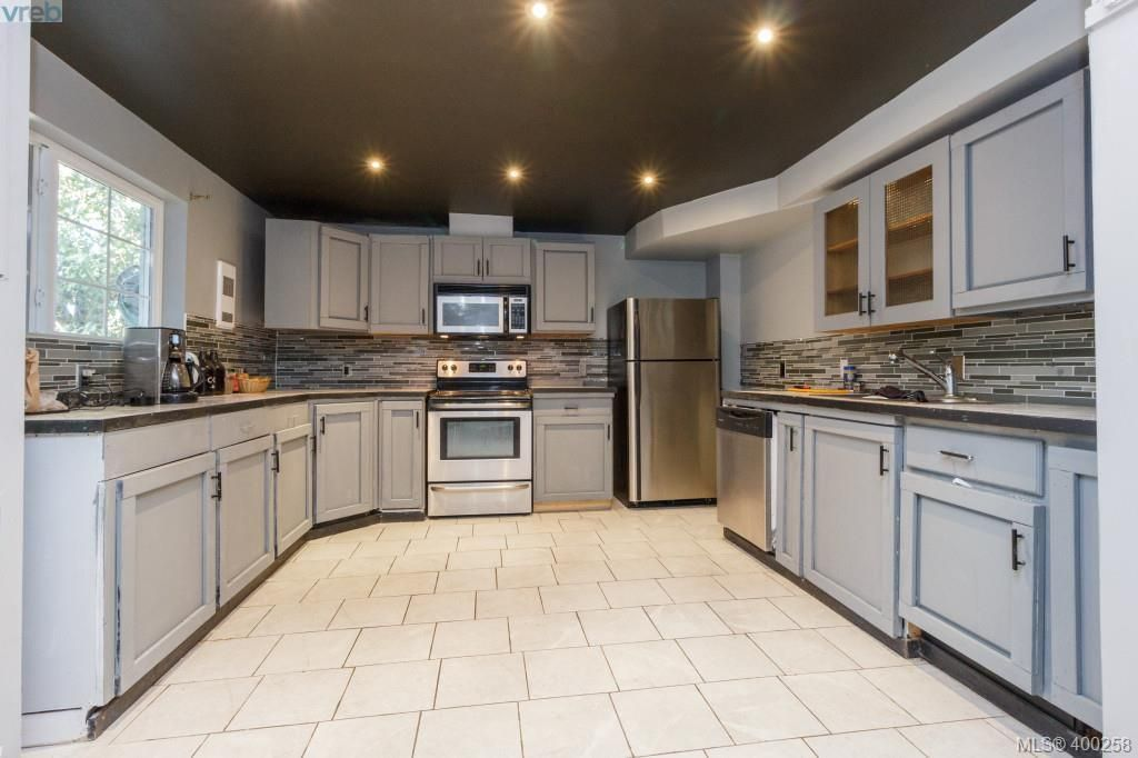 Photo 15: Photos: 7212 Kimpata Way in BRENTWOOD BAY: CS Brentwood Bay House for sale (Central Saanich)  : MLS®# 798584