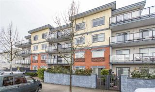 Photo 1: 302 22363 SELKIRK AVENUE in Maple Ridge: West Central Condo for sale : MLS®# R2413478