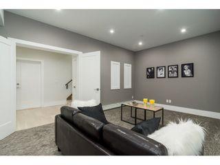 Photo 17: 15690 GOGGS Avenue: White Rock House for sale (South Surrey White Rock)  : MLS®# R2308953