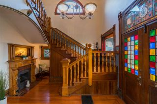 """Photo 3: 403 ST GEORGE Street in New Westminster: Queens Park House for sale in """"Queen's Park"""" : MLS®# R2486752"""