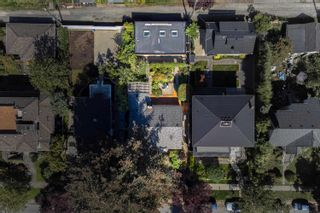 Photo 2: 3771 W 3RD Avenue in Vancouver: Point Grey House for sale (Vancouver West)  : MLS®# R2617098