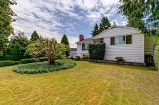 Photo 2: 1640 EDEN Avenue in Coquitlam: Central Coquitlam House for sale : MLS®# R2595452