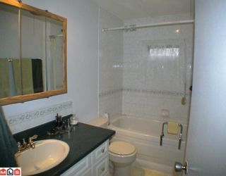 "Photo 8: 24 9080 198TH Street in Langley: Walnut Grove Manufactured Home for sale in ""FOREST GREEN ESTATES"" : MLS®# F1003077"