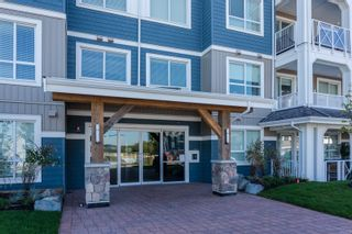 """Photo 20: 307 16396 64 Avenue in Surrey: Cloverdale BC Condo for sale in """"The Ridge at Bose Farms"""" (Cloverdale)  : MLS®# R2002175"""