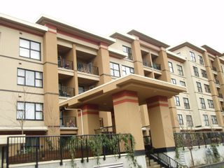 """Photo 2: 311 315 KNOX Street in New_Westminster: Sapperton Condo for sale in """"SAN MARINO"""" (New Westminster)  : MLS®# V751497"""