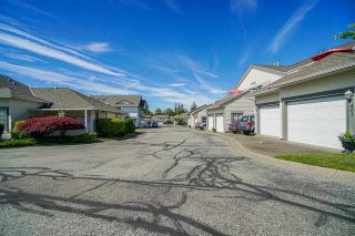 """Photo 3: 403 21937 48 Avenue in Langley: Murrayville Townhouse for sale in """"ORANGEWOOD"""" : MLS®# R2590300"""