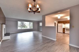 Photo 7: 17836 59A Avenue in Surrey: Cloverdale BC House for sale (Cloverdale)  : MLS®# R2111038