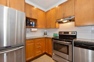 "Photo 8: 1378 E 27TH Avenue in Vancouver: Knight Townhouse for sale in ""VILLA@27"" (Vancouver East)  : MLS®# R2221909"