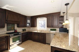 Photo 7: 37 Lofthouse Dr in Whitby: Rolling Acres Freehold for sale : MLS®# E4053705
