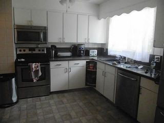 Photo 5: 5735 RUNDLEHORN Drive NE in CALGARY: Pineridge Residential Detached Single Family for sale (Calgary)  : MLS®# C3625179
