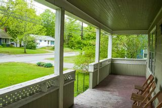 Photo 3: 160 High Street in Bridgewater: 405-Lunenburg County Residential for sale (South Shore)  : MLS®# 202113634