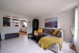 Photo 3: 304 Caledonia Street in Portage la Prairie: House for sale : MLS®# 202116624