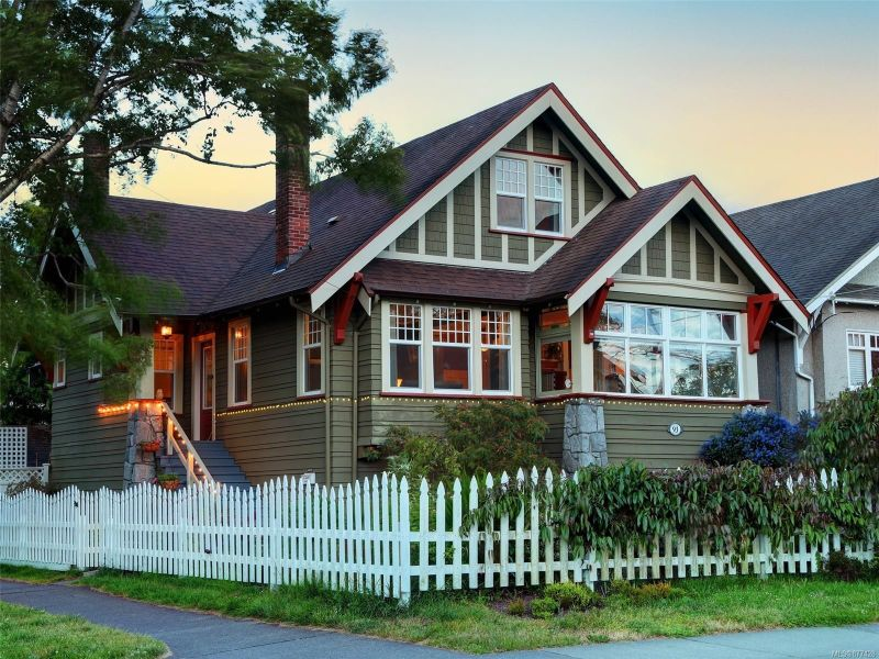 FEATURED LISTING: 93 LINDEN Ave