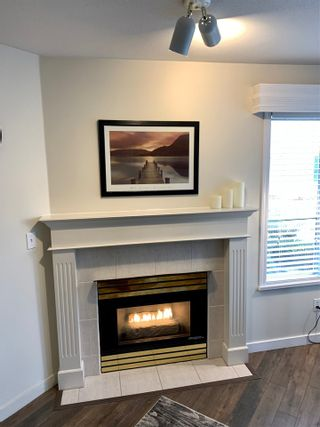 """Photo 5: 208 5955 177B Street in Surrey: Cloverdale BC Condo for sale in """"Windsor Place"""" (Cloverdale)  : MLS®# R2538115"""