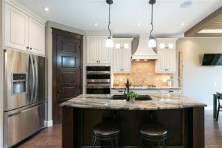 Photo 7: 617 11 Avenue NE in Calgary: Renfrew Semi Detached for sale : MLS®# C4241438