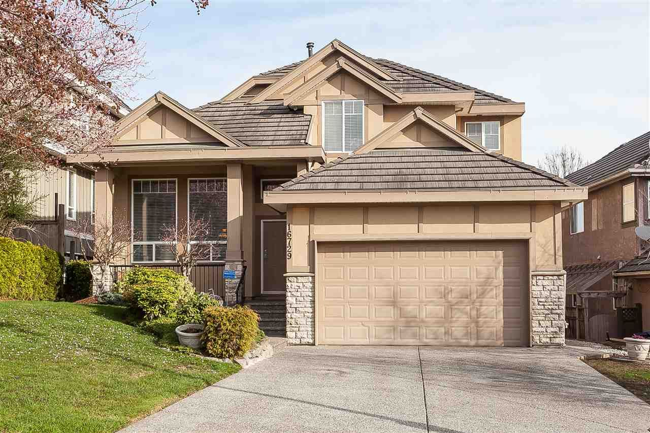 """Main Photo: 16729 108A Avenue in Surrey: Fraser Heights House for sale in """"Ridgeview Estates"""" (North Surrey)  : MLS®# R2508823"""
