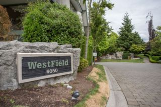 "Photo 2: 20 6050 166 Street in Surrey: Cloverdale BC Townhouse for sale in ""WESTFIELD"" (Cloverdale)  : MLS®# R2385958"