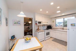 Photo 9: 7228 152A Avenue in Edmonton: Zone 02 House for sale : MLS®# E4245820