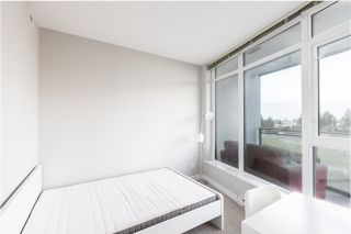 """Photo 3: 704 4900 LENNOX Lane in Burnaby: Metrotown Condo for sale in """"The Park"""" (Burnaby South)  : MLS®# R2553108"""