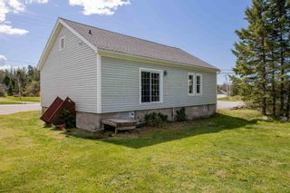 Photo 5: 12244 Peggy's Cove Road in Glen Haven: 40-Timberlea, Prospect, St. Margaret`S Bay Residential for sale (Halifax-Dartmouth)  : MLS®# 202112086