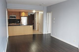 """Photo 7: 504 2978 GLEN Drive in Coquitlam: North Coquitlam Condo for sale in """"GRAND CENTRAL ONE"""" : MLS®# R2516760"""