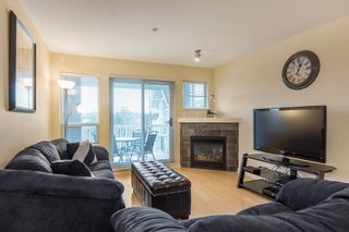 "Photo 3: 319 20750 DUNCAN Way in Langley: Langley City Condo for sale in ""FAIRFIELD LANE"" : MLS®# R2145506"