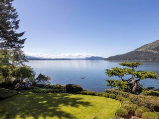 Photo 2: 702 Lands End Rd in : NS Lands End House for sale (North Saanich)  : MLS®# 876592