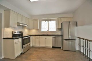 Photo 5: 2200 Haygate Crescent in Mississauga: Sheridan House (Backsplit 4) for sale : MLS®# W4075137