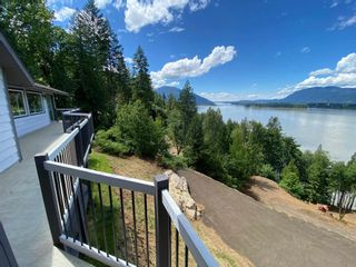 Photo 5: 43015 OLD ORCHARD Road in Chilliwack: Chilliwack Mountain House for sale : MLS®# R2592142