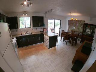 Photo 2: 5798 NEPTUNE Road in Sechelt: Sechelt District House for sale (Sunshine Coast)  : MLS®# R2400783