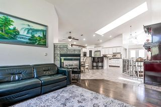 Photo 11: 64 strathlea Place SW in Calgary: Strathcona Park Detached for sale : MLS®# A1117847