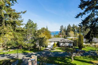 Photo 49: 2404 Alpine Cres in Saanich: SE Arbutus House for sale (Saanich East)  : MLS®# 837683